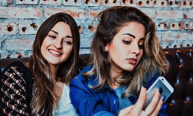 Jak zrobić dobre selfie?