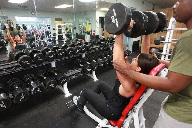 Siłownia, jako sposób na pozbycie się kilogramów?